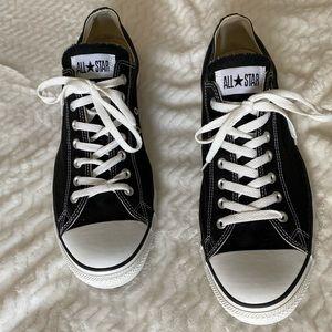 Converse low top sneaker sz 15